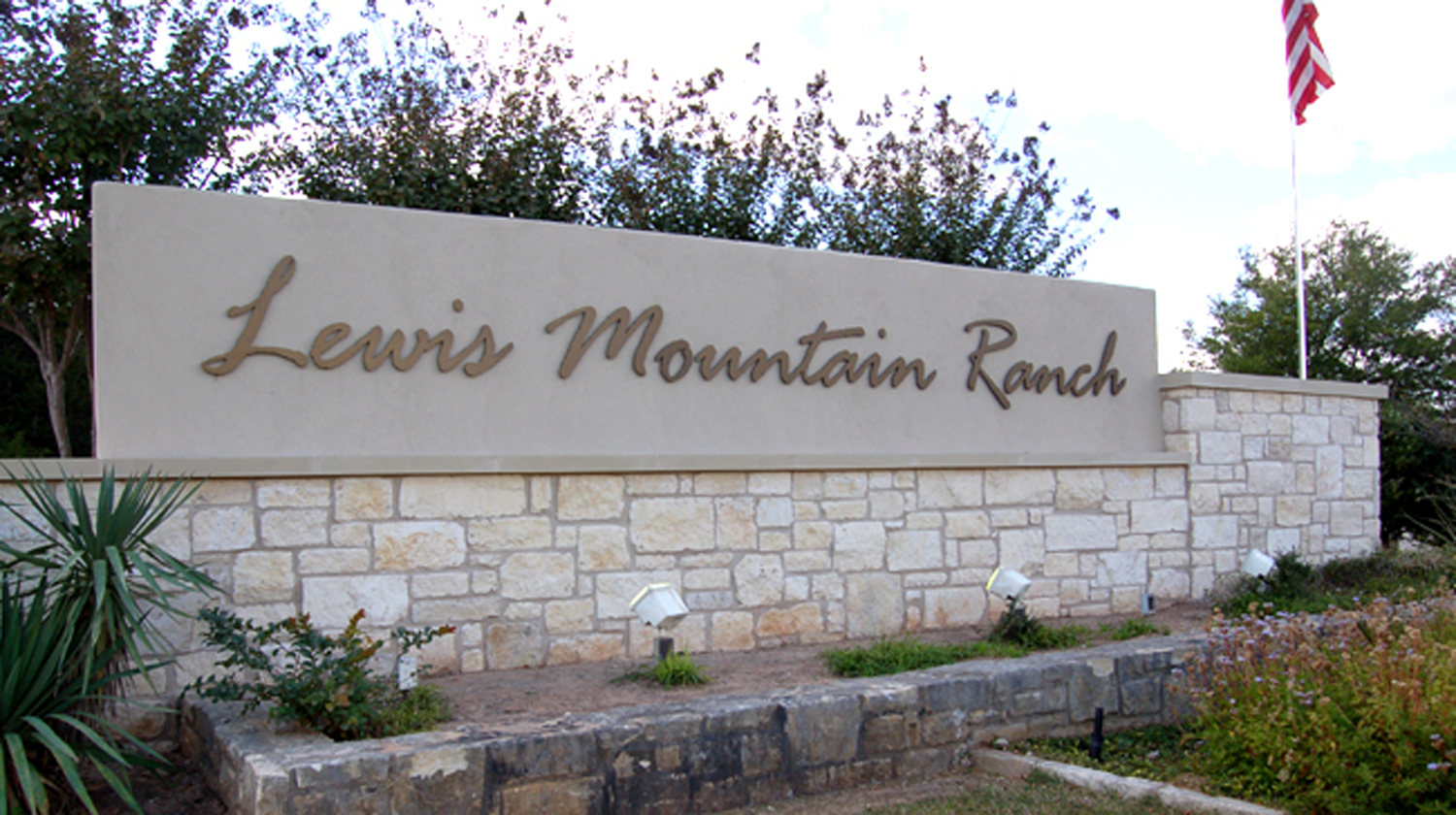 Lewis Mountain laerge
